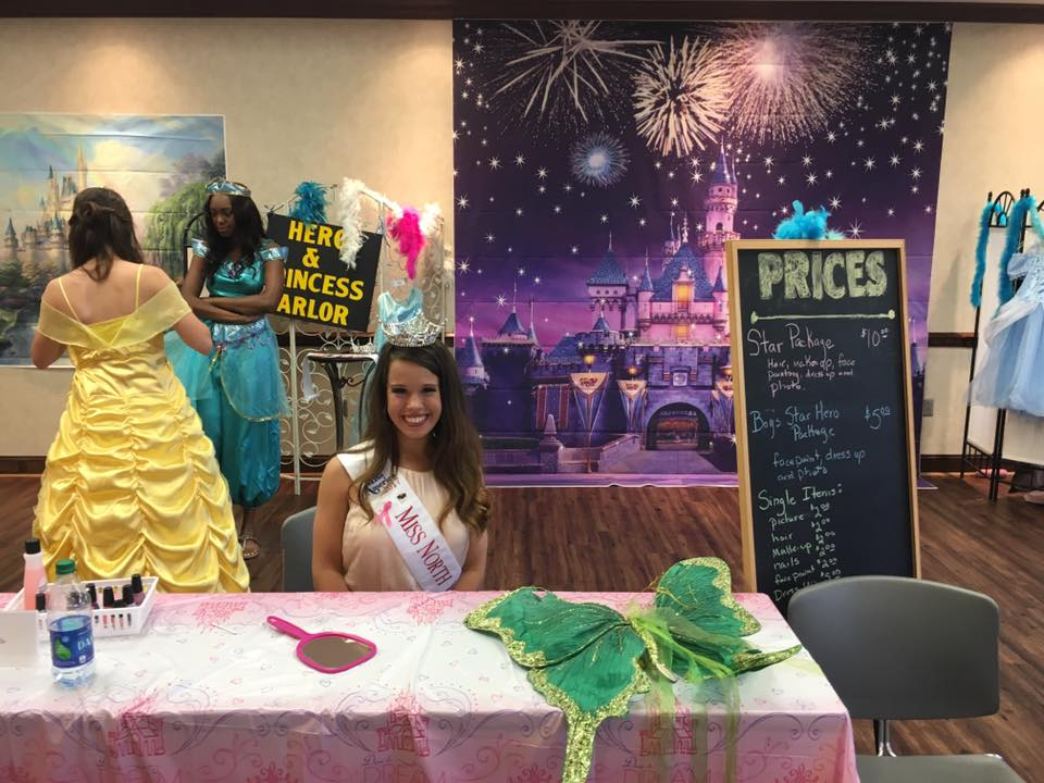 Hero and Princess Parlor Photo Booth